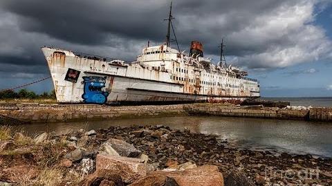 5 Creepy Abandoned Ships