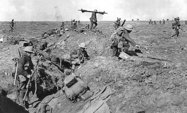 File:British infantry Morval 25 September 1916.jpg