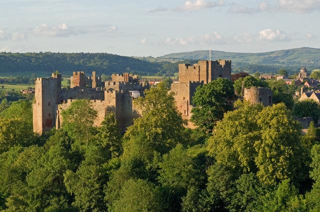 File:Ludlow Castle from Whitcliffe.jpg