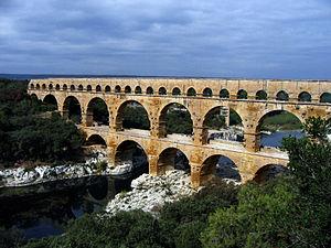 File:300px-Pont du Gard Oct 2007-1-.jpg