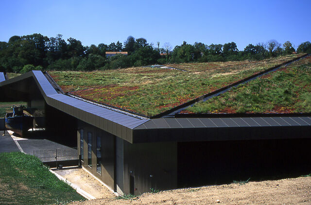 File:Green Roof at Vendée Historial, les Lucs.jpg
