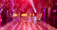 The Chipettes Dancing in The Road Chip