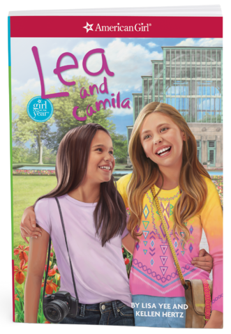 File:LeaAndCamila.png