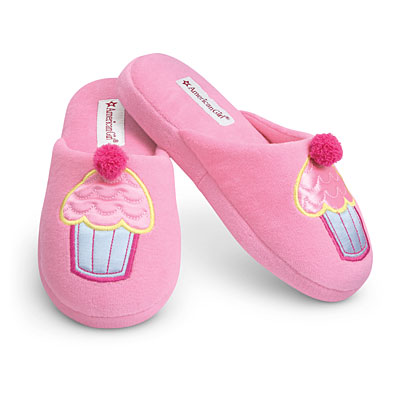File:CupcakeSlippers girls.jpg