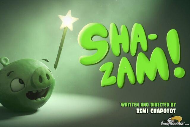 File:Piggy-Tales-Episode-12-Shazam.jpg