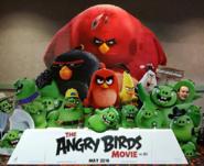AngryBirdsMovieGoPigOrGoHome