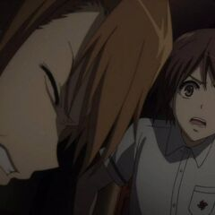 Teshigawara grits his teeth in pain.