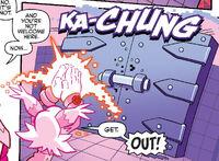 Nicole locks out Phage