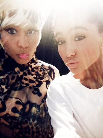 File:Nicki & ariana.png