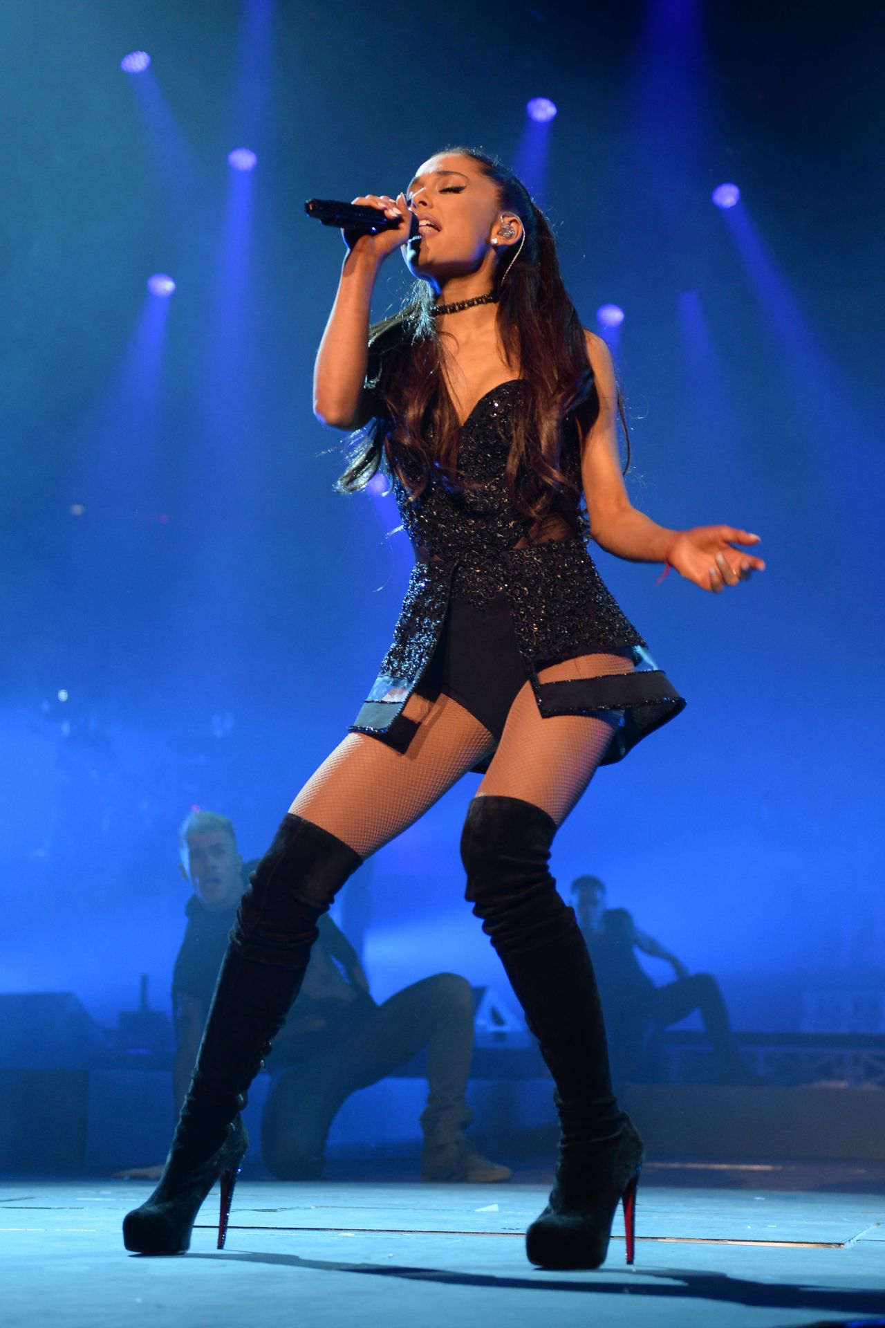 Image ariana grande performing in pittsburgh march 2015 20 jpg