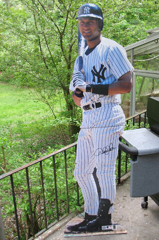 File:New york yankees-1200521390-575.jpg