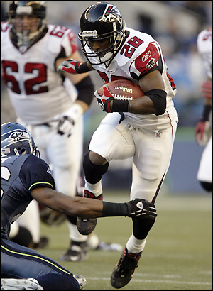 File:Warrick Dunn.jpg