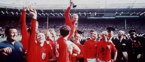 File:1195050364 BobbyMoore WorldCup 1966 L.jpg