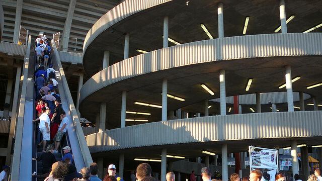 File:Kauffman Stadium-1195669765-253.jpg