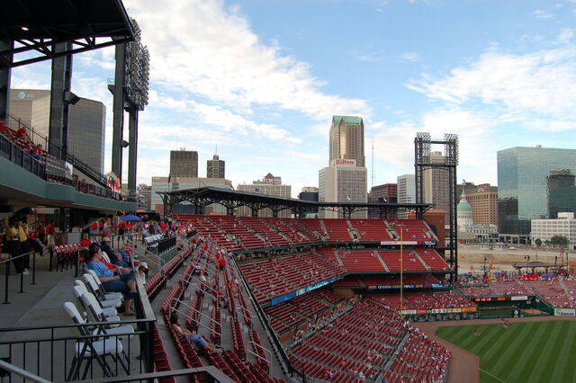 File:Busch Stadium-1195659588-827.jpg