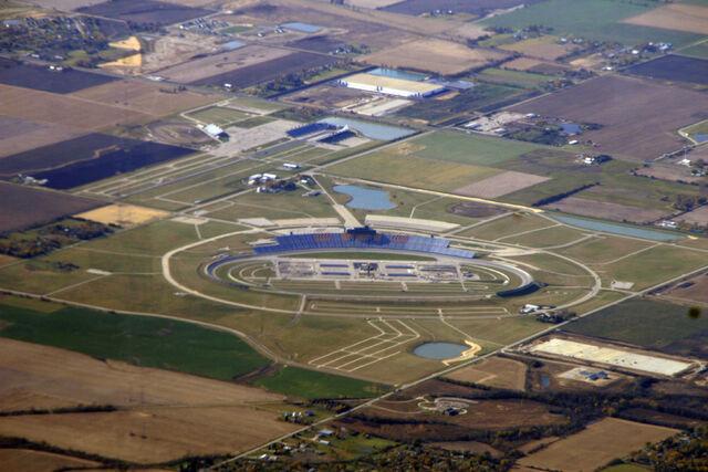 File:Chicagoland Speedway-1223224697-809.jpg