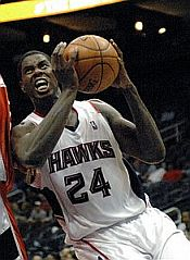 File:Marvin Williams Hawks.jpg