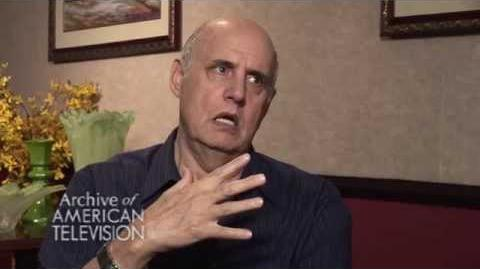 "Jeffrey Tambor discusses getting cast on ""Arrested Development"" - EMMYTVLEGENDS"