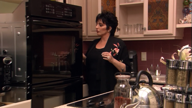File:2x08 Queen for a Day (42).png
