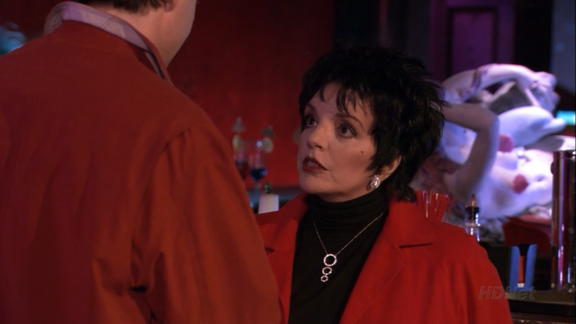 File:2x08 Queen for a Day (64).png