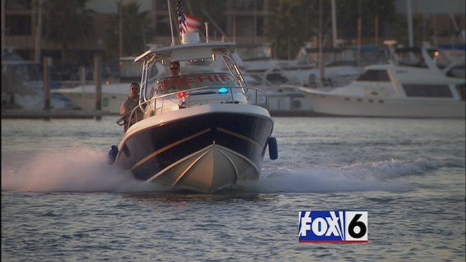 1x01 police boats