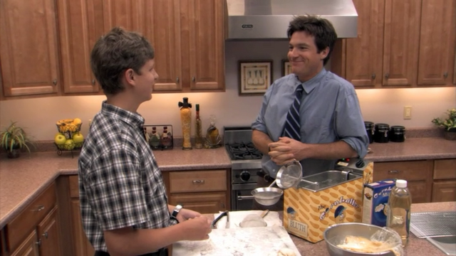File:1x03 Bringing Up Buster (50).png