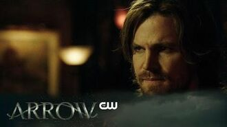 Arrow Kapiushon Scene The CW-0