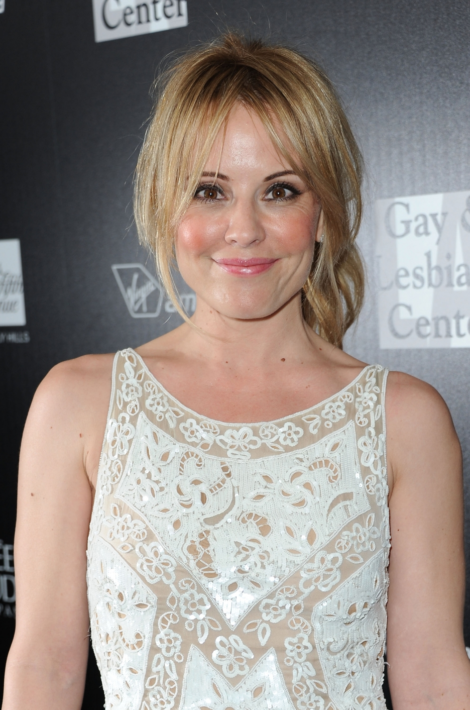 emma caulfield net worth