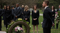 Oliver tells a eulogy in Laurel's honor.png