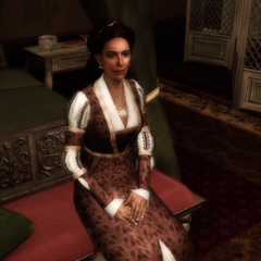玛利亚坐在奥迪托雷庄园她的房间里。