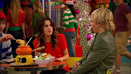 Austin & Jessie & Ally (242)
