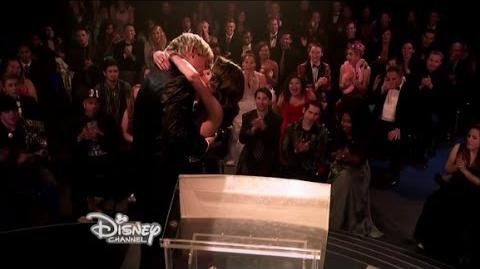 Auslly 'I love you' scene+The Big Kiss-(Relationships & Red Carpets)