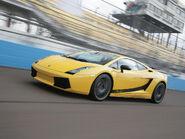 2007-Lamborghini-Gallardo-Superleggera-Yellow-Side-Angle-Speed-1920x1440