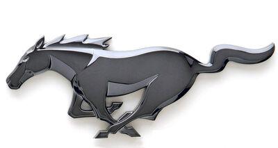 2010-Mustang-Emblem-1