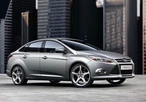 2011-Ford-Focus-32small