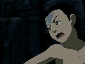 File:Aang hiding.png
