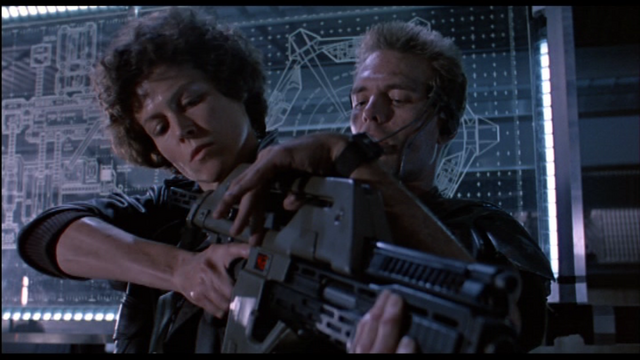 File:Aliens-A2S21-RipleyRifleHicks.png