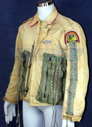 File:Alien-tomskeritjacket1-1.jpg