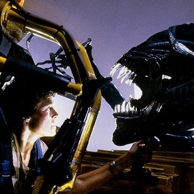 File:Ripley vs. Queen.jpg