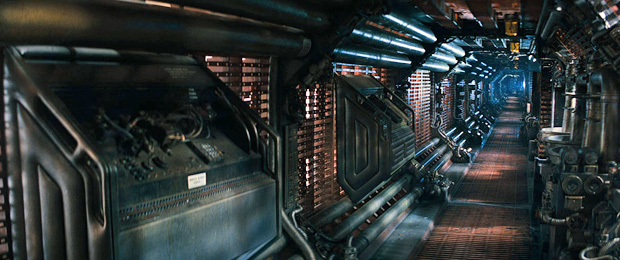 File:Alien spacebeast-alien-crewsship-inside.jpg