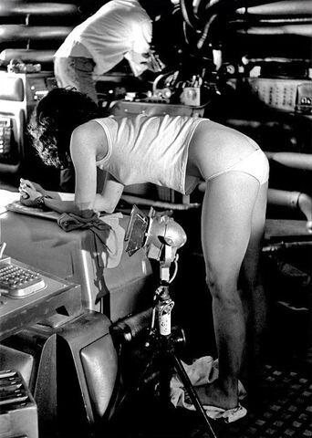 File:1978-1988 Behind the scenes of Alien movies.jpg