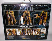 Aliens-Power-Loader-with-Ripley-2