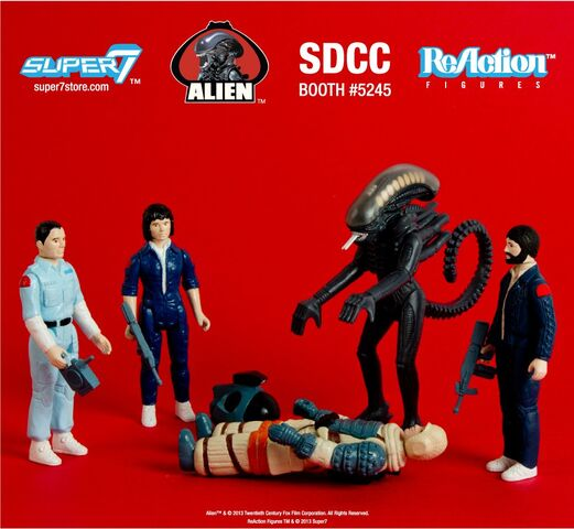 File:Alien-action-figures.jpg