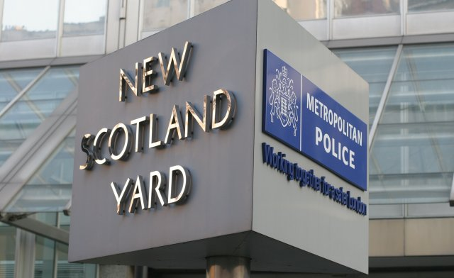 Scotland Yard revolving sign to be moved... along with its PC ...