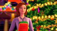 Barbie-perfect-christmas-disneyscreencaps.com-1651