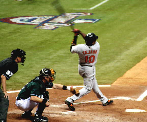File:Miguel Tejada Swinging.JPG