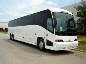 File:Delux Highway Coaches.jpg