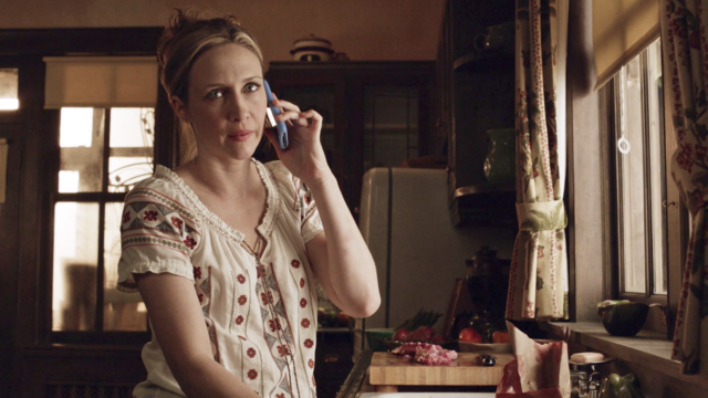 File:Norma talking with dylan on the phone.png