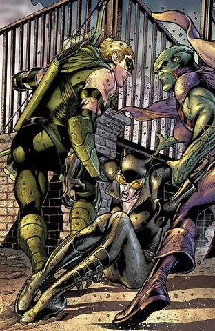 File:Catwoman Vol 4-19 Cover-1 Teaser.jpg