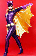 200px-Yvonne Craig Batgirl